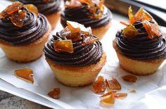 recipe_for Dobostorta muffin Cupcakes, Cake Cookies, Hazelnut Meringue, Hungarian Recipes, Hungarian Food, Creative Cakes, Cupcake Recipes, Food To Make, Cheesecake