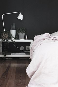 Looking for similar bedding or solid wood low beds? Try http://www.naturalbedcompany.co.uk