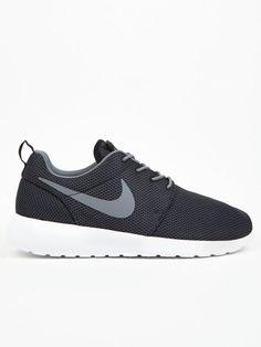 a81c52846b10 Nike Men s Rosherun Nike Shoes Cheap