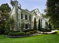 Beautiful Summer Home Concept with Natural Colorful Exterior Design: Cool Stone House Front Yard Landscaping Idea For Home Architectural Fur. Colonial Exterior, Traditional Exterior, Exterior Homes, Stone Exterior, Spanish Exterior, Traditional Landscape, Black Exterior, Traditional Design, Facade Design