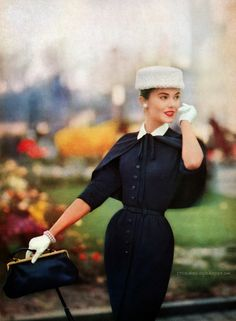 1950s Style Clothing - Vintage Lee Target Pattern Vogue - Autumn 1955 Bernat Handicrafter - 1954 Vogue - Vintage...