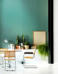 green walls, styling Anna-Kaisa Melvas, photo Anna Huovinen / Glorian Koti Green Walls, Kitchen Dining, Anna, Colours, Style, Wall, Swag, Kitchen Dining Living
