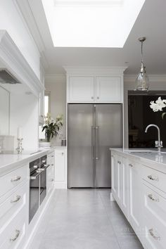 New Hampshire Collection: Tritonville - Noel Dempsey Design Inframe Kitchen, Open Plan Kitchen Living Room, Kitchen Dining Living, Kitchen Flooring, Design Kitchen, Rustic Kitchen Decor, Home Decor Kitchen, Kitchen Interior, Home Kitchens