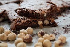 #tsoulomageiremata: Ένα απερίγραπτο brownie με φουντούκια Choco Orgasm - real #foodporn. Brownies, Sweets, Desserts, Recipes, Food, Cake Brownies, Deserts, Good Stocking Stuffers, Goodies
