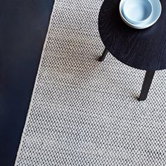 Row by row, our delightfully soft Pebble Weave rug has been handmade by our artisans in India from pure wool and cotton | armadillo-co.com