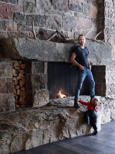 The Breaking Bad actor, Aaron Paul's rustic-chic home in Idaho is the perfect family getaway Cabin Fireplace, Fireplace Design, Rustic Fireplaces, Idaho, Cabin Style Homes, Building A Cabin, Aaron Paul, Architectural Digest, Rustic Chic