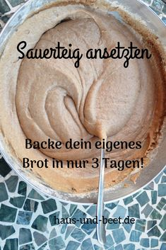 Making leaven in 3 days: a simple guide. Bake your own sourdough bread. So you are independent of the opening times of the supermarkets. Baking bread is very quick and easy. Baking bread without yeast Healthy Sandwiches, Sandwich Recipes, Bread Recipes, Bread Without Yeast, Tartiflette Recipe, Pain Au Levain, Stir Fry Recipes, Sourdough Bread, Pampered Chef