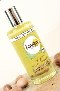 Utilisée sur la peau, l'huile d'Argan assouplit et adoucit l'épiderme. Elle répare les peaux sèches, en manque d'hydratation et les répare intensément. Shoppez la sur notre boutique en ligne www.lovea.fr