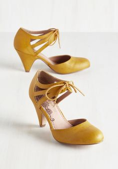 Shimmy My Way Heel in Goldenrod. Dance your stylish self over to your dance floor partner in these jazzy, goldenrod mid heels by Restricted! #yellow #wedding #modcloth