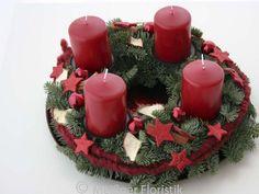"""frischer Adventskranz """"roter Advent mittel"""" - meissner-floristik"""