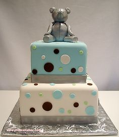 Bear Birthday Cake--Google Image Result for http://www.birthdaycakes-idea.com/wp-content/uploads/2011/10/Teddy-Bear-Cake6.jpg