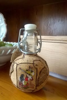 Piccola bottiglia in vetro rivestita di sughero di GMG1982 su Etsy