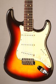 EF8788 1962 Fender Stratocaster $21,000.oo