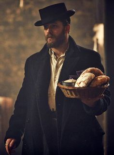 Tom Hardy as Alfie Solomons in Peaky Blinders series 2. Master of acting facial expressions