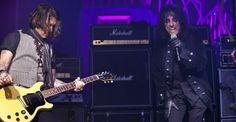Johnny Depp junto a Alice Cooper en el escenario [VIDEO]