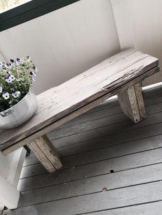 krakk drivved – Google Søk Outside Furniture, Outdoor Furniture, Outdoor Decor, Big Houses, Outdoor Areas, One Bedroom, Driftwood, Entryway Tables, Diy And Crafts