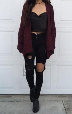 34 Outfit Ideas for this Spring Black ripped jeans with a lace black top and burgundy cardigan. Visit Daily Dress Me at for more inspiration women's fashion fall fashion, casual outfits, distressed jeans, school outfits, crop to Mode Outfits, Casual Outfits, Fashion Outfits, Fashion Trends, Fashion 2018, Womens Fashion, Spring Fashion, Cute Grunge Outfits, Grunge Winter Outfits