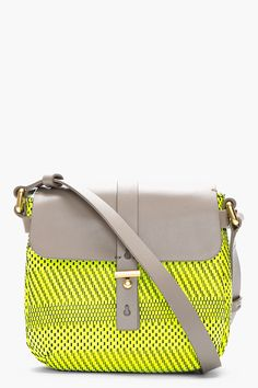 Cutest #marcjacobs bag on sale! Only $150