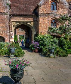 Sissinghurst Castle Entrance