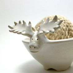 Inspiration for functional zoomorphic vessels