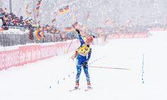 Gabriela Soukalová se raduje z triumfu v závodě s hromadným startem na SP v... | na serveru Lidovky.cz | aktuální zprávy