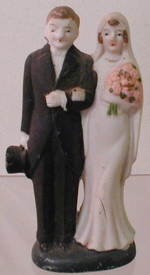 Bisque Wedding Cake Topper, 1920s like the way the groom is holding his hat.