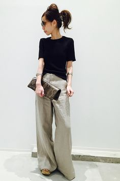 Fashion Tips 2018 .Fashion Tips 2018 Vogue Fashion, Fashion 2018, 80s Fashion, Fashion Pants, Look Fashion, Daily Fashion, Everyday Fashion, Fashion Outfits, Womens Fashion