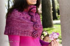 Ravelry: Kveta Capelet pattern by Monika Sirna Cowl Scarf, Knit Cowl, Knitting Projects, Knitting Patterns, Capelet, Girly Girl, Pretty Pictures, Are You The One, Ravelry