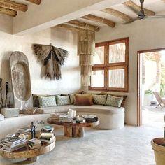 Paulina Arcklin (@paulinaarcklin) • Instagram photos and videos Desert Fashion, Interior Styling, Outdoor Spaces, Oversized Mirror, Concrete, Farmhouse, Design Inspiration, Paradise, Mexico