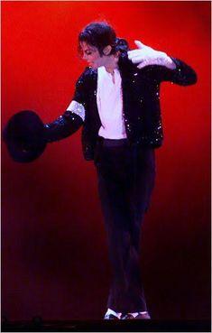 Michael Jackson Body, Michael Jackson Dangerous, Mike Jackson, Everybody Dance Now, O Pop, Lisa Marie Presley, King Of Music, The Jacksons, King Of Hearts