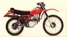Honda my beast! Honda Scrambler, Enduro Motorcycle, Motorcycle Art, Enduro Vintage, Vintage Motocross, Vintage Bikes, Honda Dirt Bike, Honda Bikes, Classic Honda Motorcycles