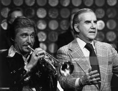 Bandleader Doc Severinsen, announcer Ed McMahon -- Get premium, high resolution news photos at Getty Images Doc Severinsen, Ed Mcmahon, Here's Johnny, Stars Then And Now, Classic Tv, Trumpet, Retro Style, Retro Fashion, Photos