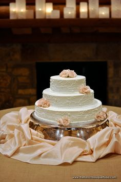 Soft Pink Champagne Flower Blooms For Wedding Cake The French Bouquet Storybook Photography
