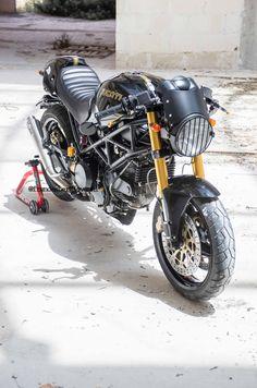 Ducati Monster 'Malumbra'