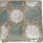 'Retro Circles' Crochet Pram Blanket - Luxury Wool - Grey, Ice Blue & Teal - by threebeansinapod on madeit