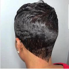 Short relaxed Source by Hair Wigs Short Permed Hair, Wavey Hair, Short Sassy Hair, Short Grey Hair, Short Pixie, My Hairstyle, Wig Hairstyles, Hairdos, Short Relaxed Hairstyles