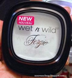 NEW Wet n Wild Fergie Take On The Day Mattifying Powder. Could this be a more affordable alternative to the MAC, MUFE, NARS, etc. pressed silica powders??
