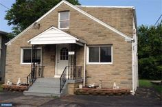 HOME FOR SALE- ENTOURAGE ELITE REAL ESTATE- 319 JEFFERSON STREET, PLYMOUTH MEETING, PA 19462  INVESTMENT PROPERTY IN PLYMOUTH MEETING, ACQUIRE THE TENANTS