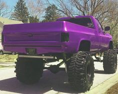 Jacked Up Chevy, Lifted Chevy Trucks, Gm Trucks, Chevrolet Trucks, Diesel Trucks, Cool Trucks, Chevy 4x4, Camo Truck, Jeep Truck