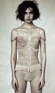 "thegiftsoflife: "" http://thegiftsoflife.tumblr.com/ "" Vogue China April 11 Arizona Muse by Paolo Roversi "" """