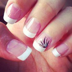Elegant yet simple nail design