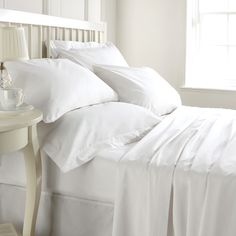 Cocoon yourself in Egyptian cotton with 1000 thread count sheets, delivered! Save up to on a flat sheet, fitted sheet and two standard pillow cases! Choose double, queen or king in your colour! Organic Cotton Sheets, Egyptian Cotton Sheets, 100 Cotton Sheets, Cotton Sheet Sets, Bed Sets, Duvet Sets, King Sheets, Crib Sheets, Omo Tira Manchas