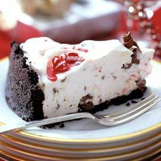 Peppermint-Chocolate Cheesecake. The best! More minty holiday recipes: http://www.midwestliving.com/holidays/christmas/holiday-mint-recipes/page/11/0