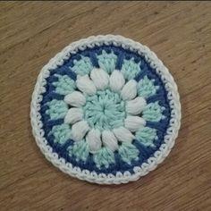 Ocean mandala Mini Quilts, Danish, Crochet Hats, Ocean, Sewing, Nova, Mandalas, Threading, Creative