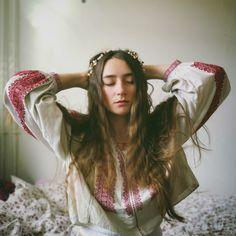 Simona Moon Pagan, Dreadlocks, Moon, Long Hair Styles, October, Photography, Beautiful, Beauty, Blouse