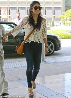 Vanessa Hudgens shows off the results of recent Pilates blitz Boho Hippie, Estilo Hippie, Hippie Style, Style Bobo Chic, Style Casual, My Style, Fall Outfits, Casual Outfits, Cute Outfits