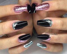 Nails silver Black sarong nails glitter angel art Unhas de sarongue preto com glitter - # Purple Glitter Nails, Coffin Nails Glitter, Black Coffin Nails, Glitter Acrylics, Pink Nails, My Nails, Black Glitter, Black Nail Designs, Cute Nail Designs
