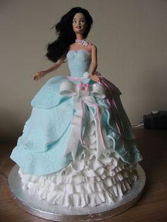 Barbie Cake by Bolo Barbie, Barbie Cake, Barbie Dress, Barbie Doll, Barbie Birthday Cake, Birthday Cake Girls, Birthday Cakes, Dolly Varden Cake, Cupcake Cakes