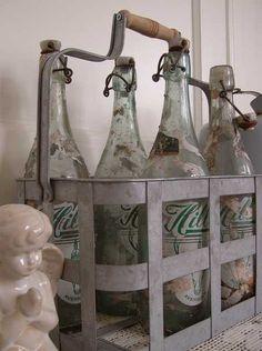 Old bottles @ Blossom Brocante www.blossombrocante.nl