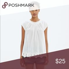 Madewell Eyelet Hem Top Perfect lightweight cotton too from Madewell for hot days.  Nicely detailed with eyelet hem.  Size small. Madewell Tops Blouses